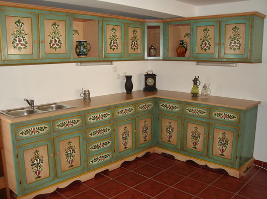 M'Art - Transylvanian hand painted furniture - Sibiu / Romania